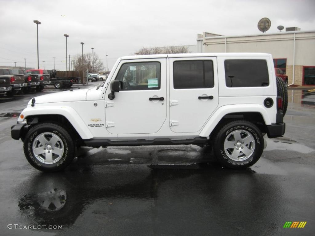 hight resolution of bright white 2011 jeep wrangler unlimited sahara 4x4 exterior photo 44914592