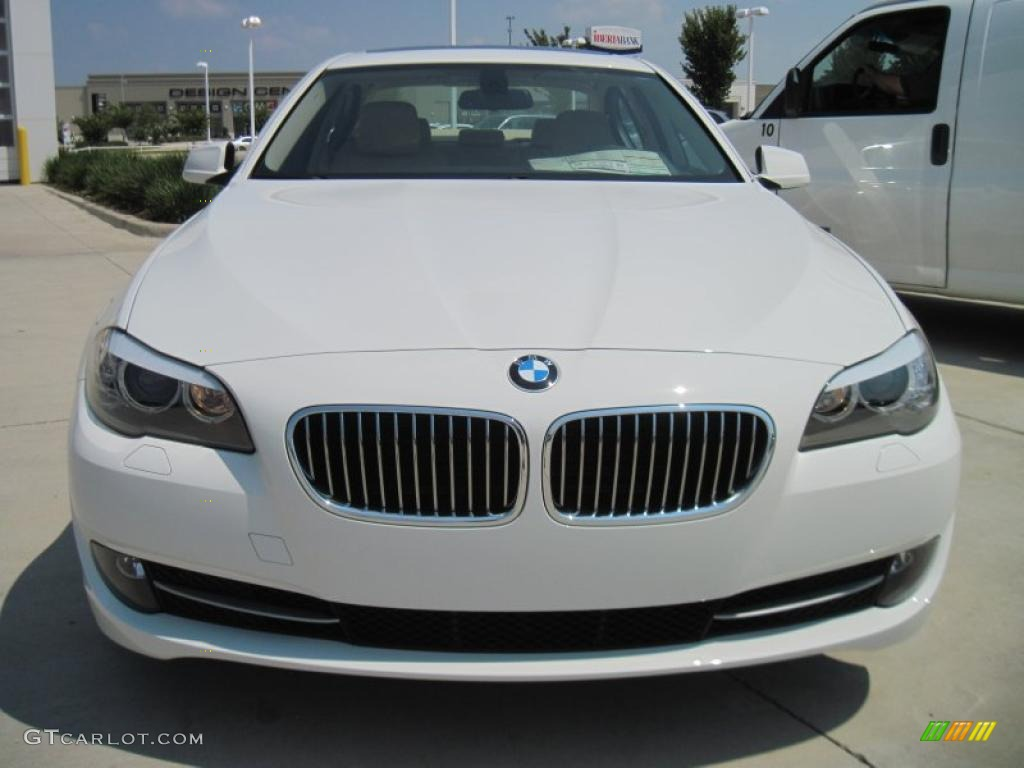 hight resolution of alpine white 2011 bmw 5 series 528i sedan exterior photo 44914932