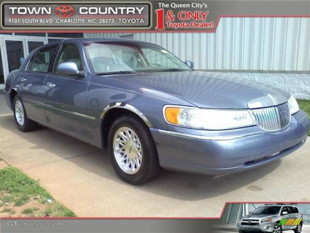medium resolution of 1999 graphite blue metallic lincoln town car signature 46750332