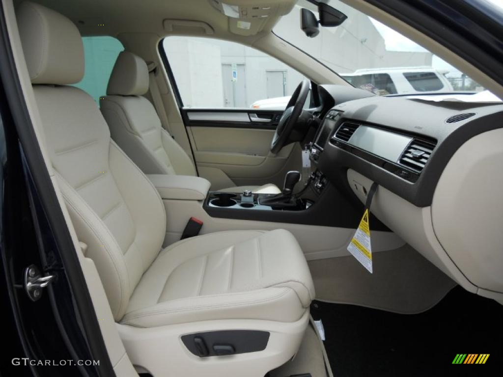 hight resolution of cornsilk beige interior 2011 volkswagen touareg vr6 fsi sport 4xmotion photo 46851264