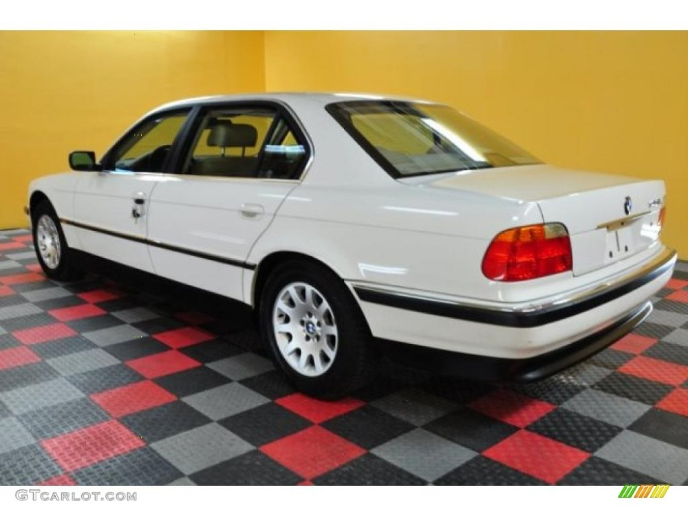 medium resolution of alpine white 2000 bmw 7 series 740il sedan exterior photo 47082212