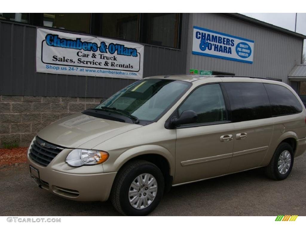 2005 Country Town Lx Chrysler Blue And