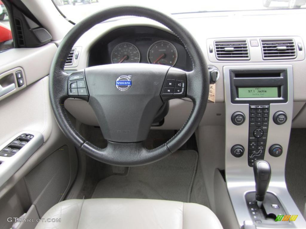 hight resolution of 2006 volvo s40 t5 awd dashboard photos