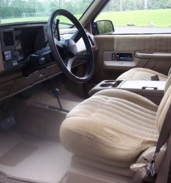 tan interior 1993 chevrolet suburban k1500 4x4 photo 54723970 [ 1024 x 768 Pixel ]