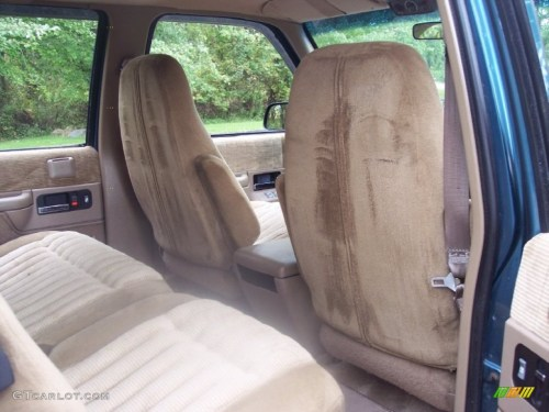 small resolution of tan interior 1993 chevrolet suburban k1500 4x4 photo 54724069