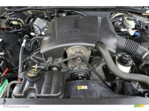 2000 Ford Crown Victoria LX Sedan 46 Liter SOHC 16Valve