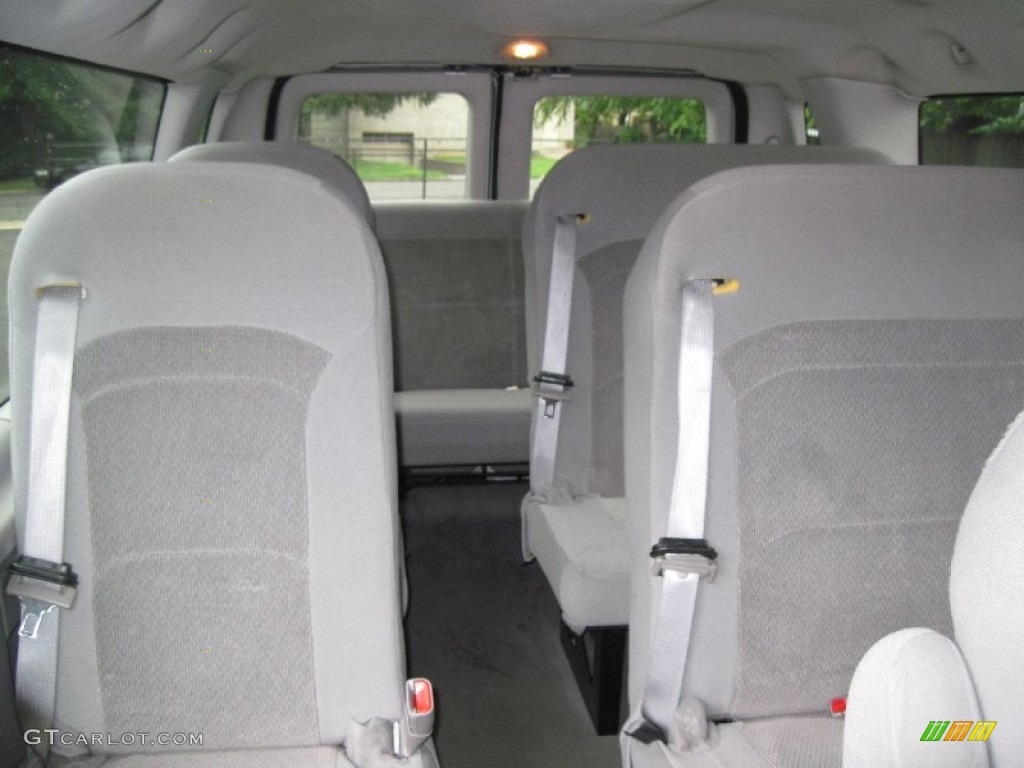 hight resolution of medium flint grey interior 2006 ford e series van e350 xlt 15 passenger photo 56637339