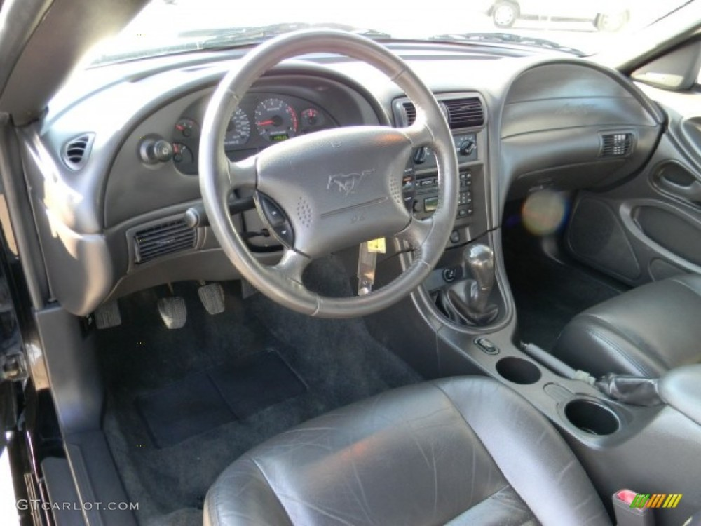 medium resolution of dark charcoal interior 2004 ford mustang gt convertible photo 57440927
