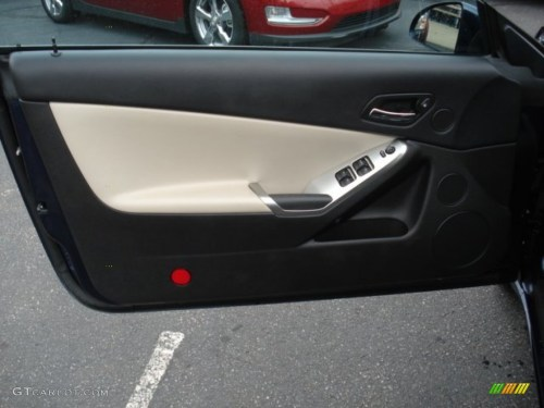 small resolution of 2009 pontiac g6 gt convertible light taupe door panel photo 60546951