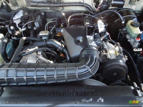 small resolution of 2000 ford explorer xls 4 0 liter ohv 12 valve v6 engine photo 62316102