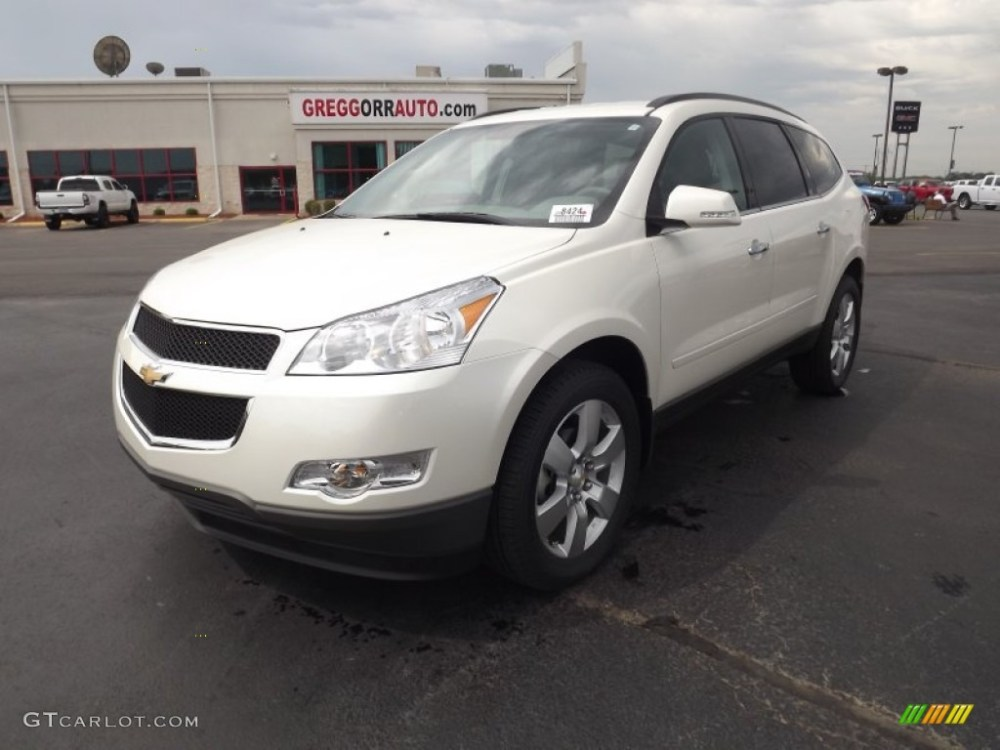 medium resolution of white diamond tricoat chevrolet traverse