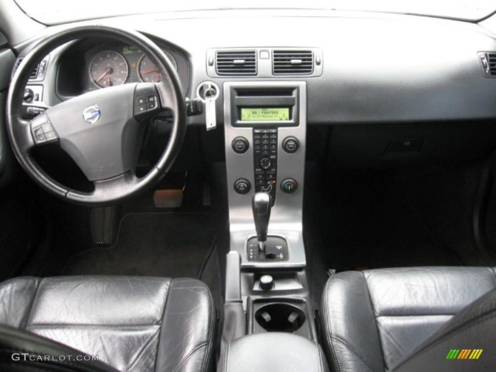 medium resolution of 2005 volvo s40 t5 awd off black dashboard photo 64689530