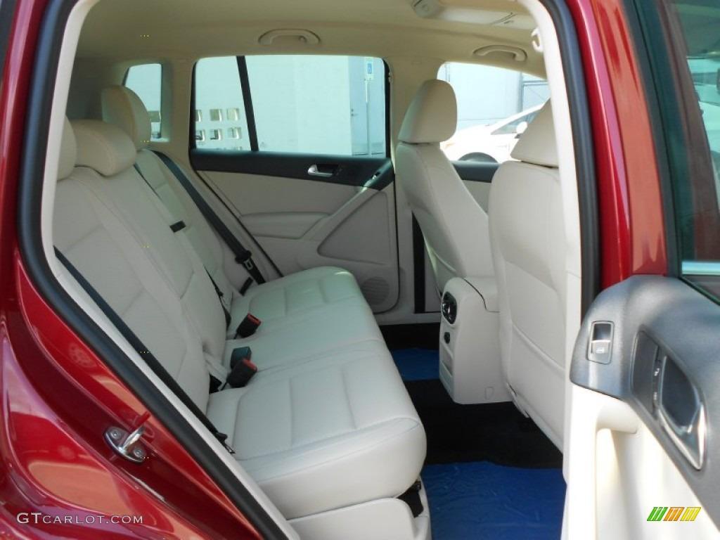 2011 Volkswagen Tiguan Interior Fuse Box