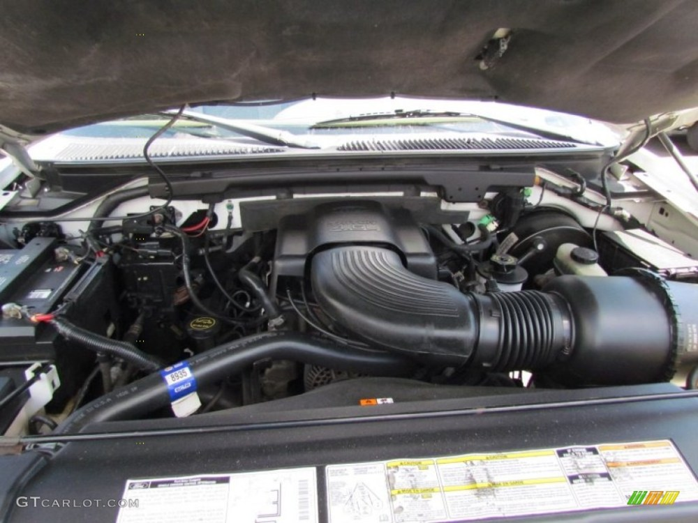 medium resolution of 2001 ford f150 xlt supercab 4x4 4 6 liter sohc 16 valve triton v8 engine photo
