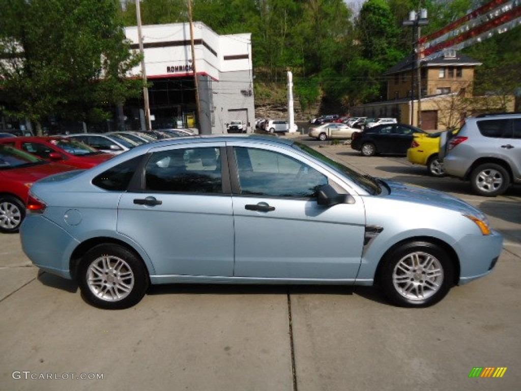 hight resolution of light ice blue metallic 2008 ford focus se sedan exterior photo 67750271