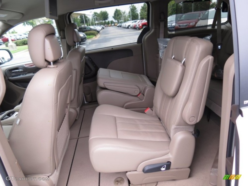 medium resolution of 2013 chrysler town country touring l interior photo 70187858