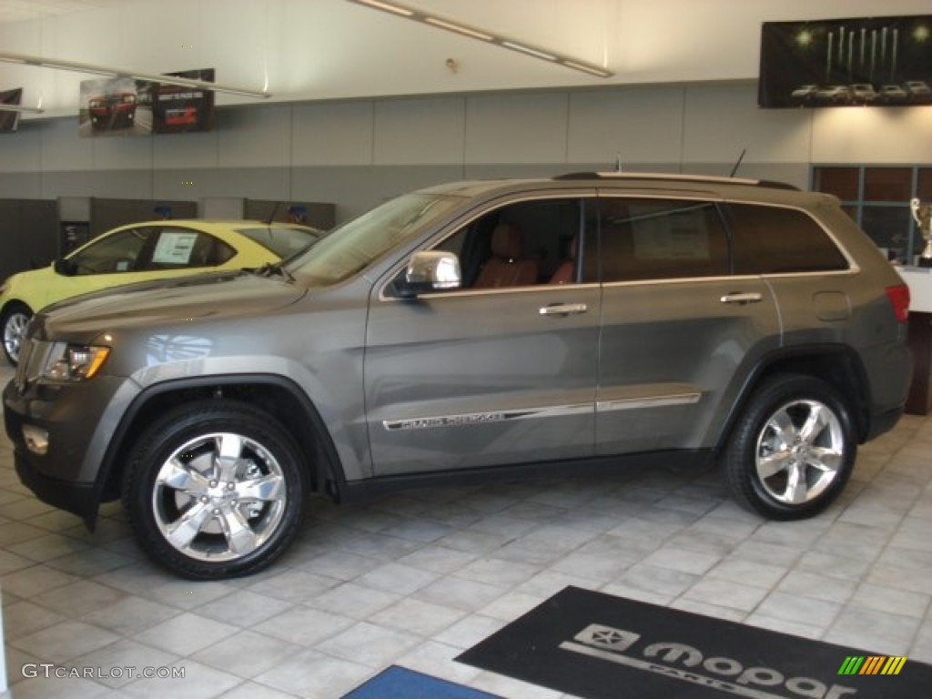 grand new avanza grey metallic ukuran wiper depan 2013 mineral gray jeep cherokee overland