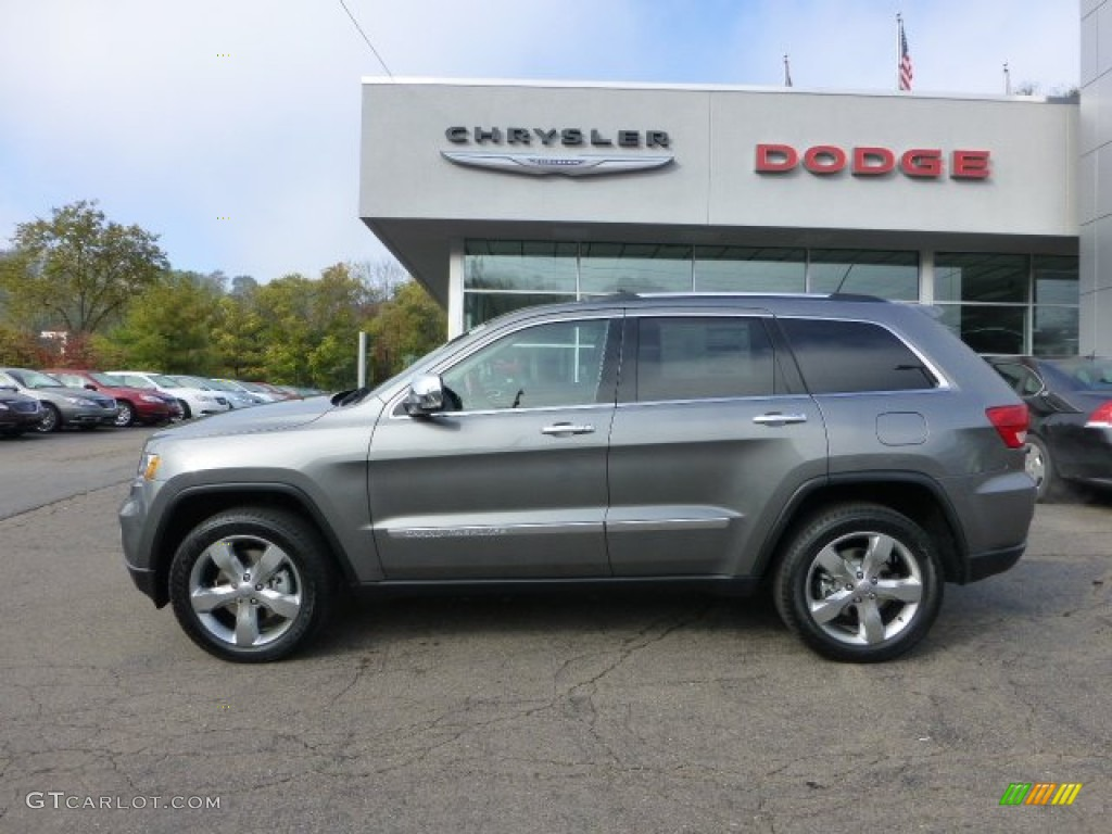 grand new avanza grey metallic interior 1.3 g m/t 2013 mineral gray jeep cherokee overland