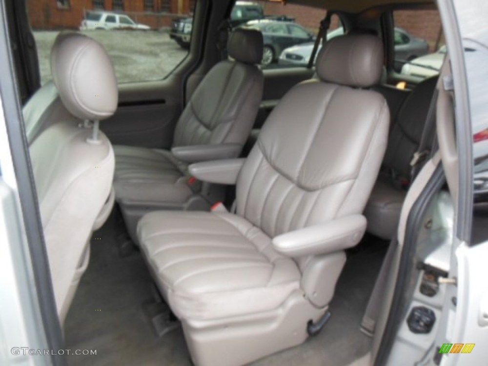 medium resolution of taupe interior 2000 chrysler town country limited photo 76596510