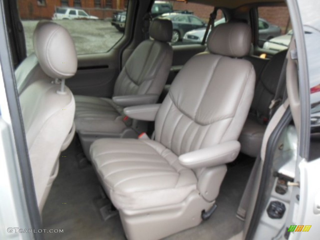 hight resolution of taupe interior 2000 chrysler town country limited photo 76596510