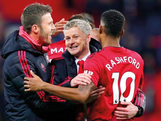 Image result for united players celebrate under solskjaer