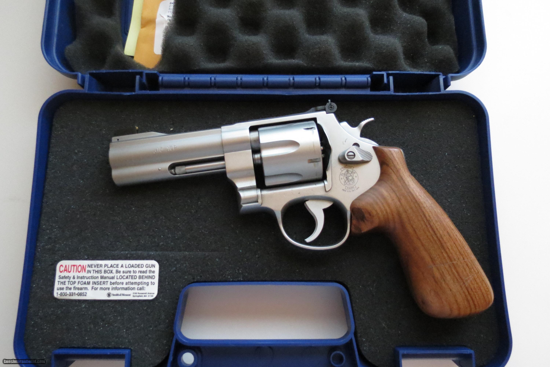 Smith & Wesson 625-8 JM in 45 ACP