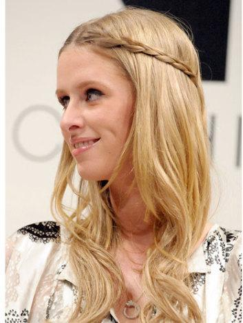 Einfache Hochsteckfrisuren Für Mittellanges Haar Zum Selber Machen