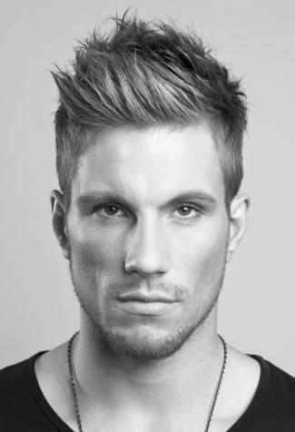 Männerfrisuren Undercut Mit übergang Frisuren Kurze Haare