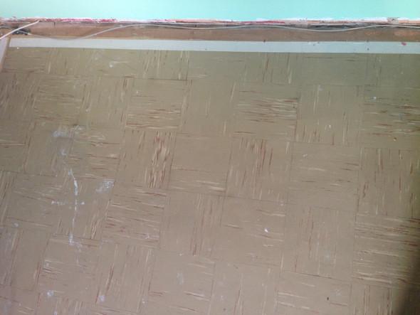 Asbestplatten  und Kleber  Fussboden Asbest