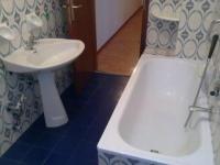 Badewanne raushauen und Dusche rein (renovieren, bad ...