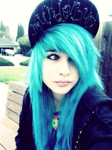 blaue bzw türkise haarfarbe beauty türkis haare färben