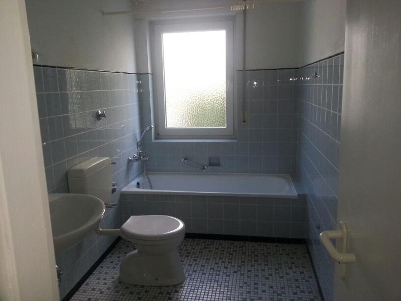 Dusche vor Fenster Bad renovieren Badezimmer