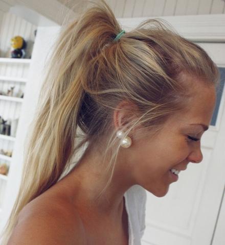 Hellblonde Strähnchen Bei Naturblonden Haaren? Haare Frisur Blond