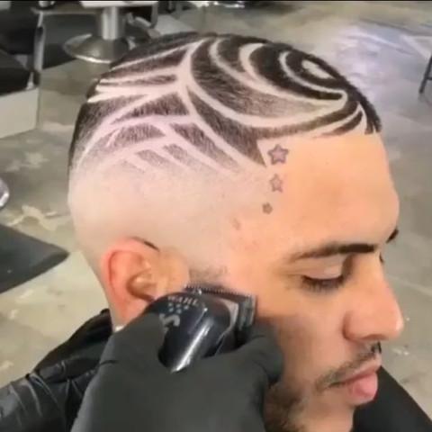 Wie Findet Ihr Diese Frisur Sehen Die Hässlich Aus? Kurze Haare