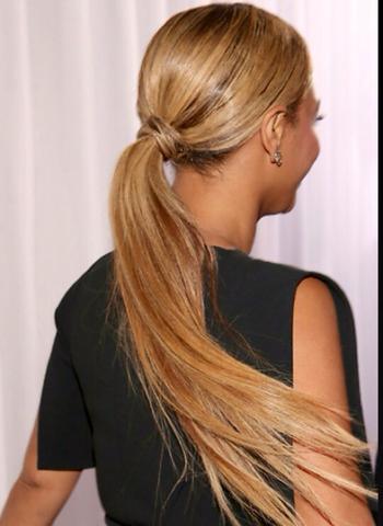 Wie Funktioniert Diese Frisur Ohne Haargummi? Haare