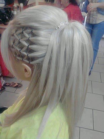 Wie Kann Man Diese Frisur Nachstylen? Nachmachen