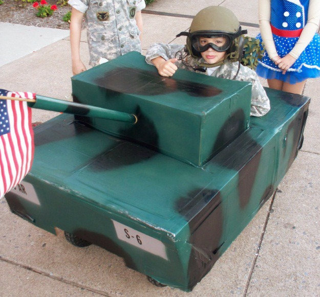tank chair wheelchair office support for pregnancy 20 halloween costume ideas people in wheelchairs - costumes blog