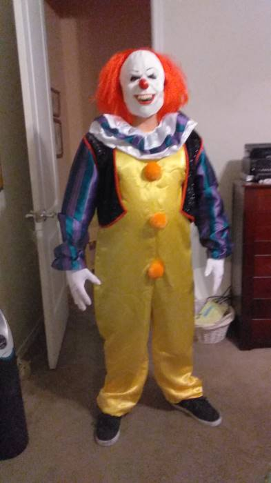 Bad Pennywise Costume : pennywise, costume, Deluxe, Pennywise, Costume, Adults, Horror, Movie, Costumes