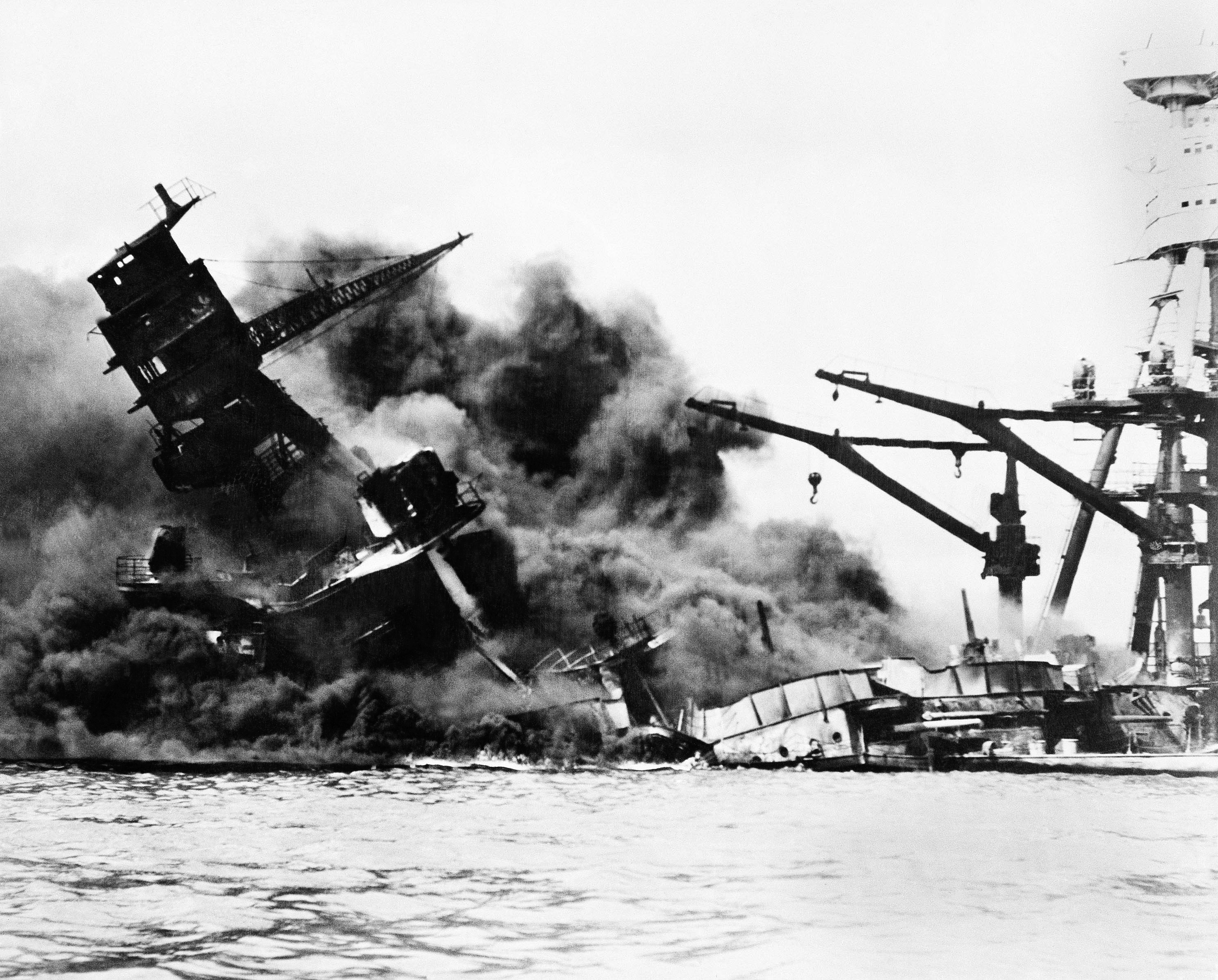 Japan Pm To Visit Hawaii With Obama To Remember Pearl Harbor