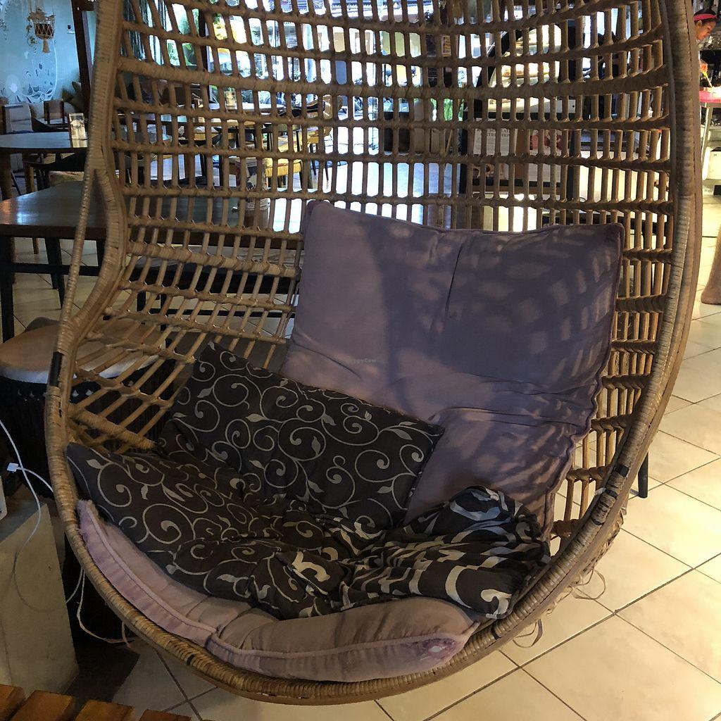 swing chair ubud childs rocking sayuri healing food bali restaurant happycow