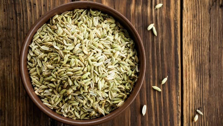 8 health benefits of fennel seeds and how to use them
