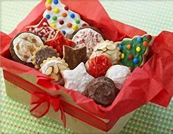 7 Ways To Customize Holiday Cookies