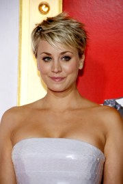 kaley cuoco's summer hairstyle