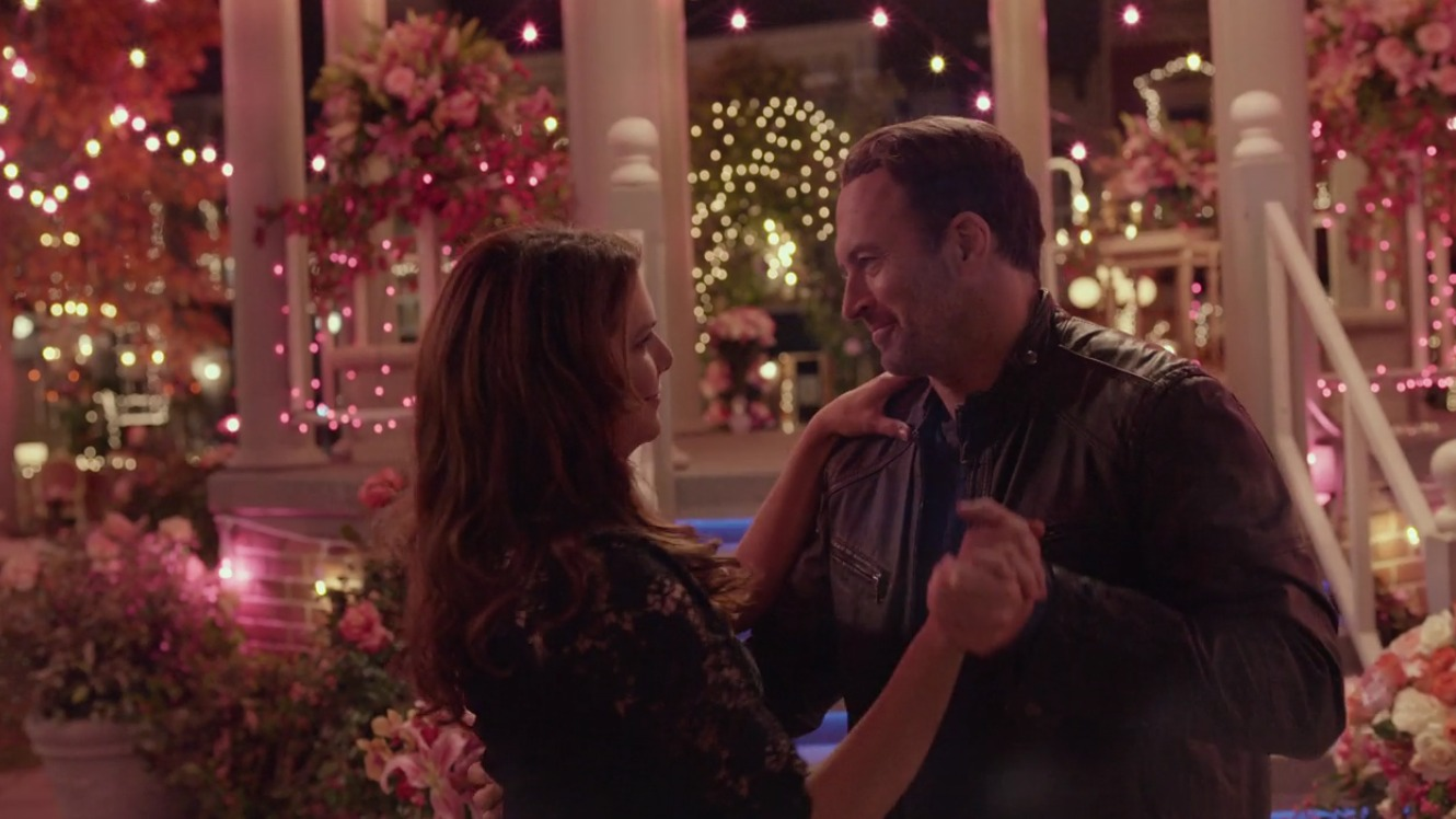 There was a Stars Hollow wedding on Gilmore Girls and it