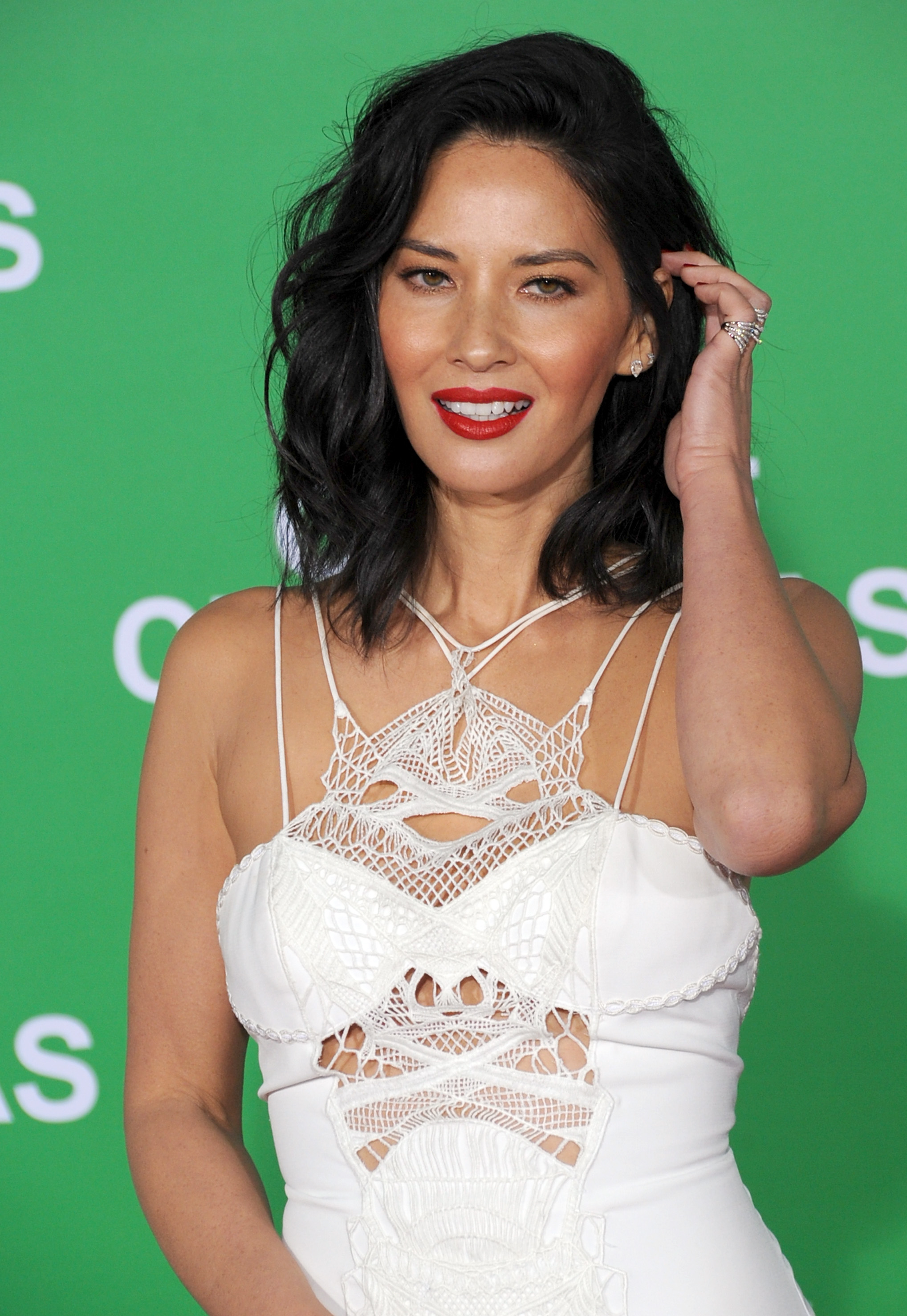 Olivia Munn Just Got The Haircut Well All Be Getting In