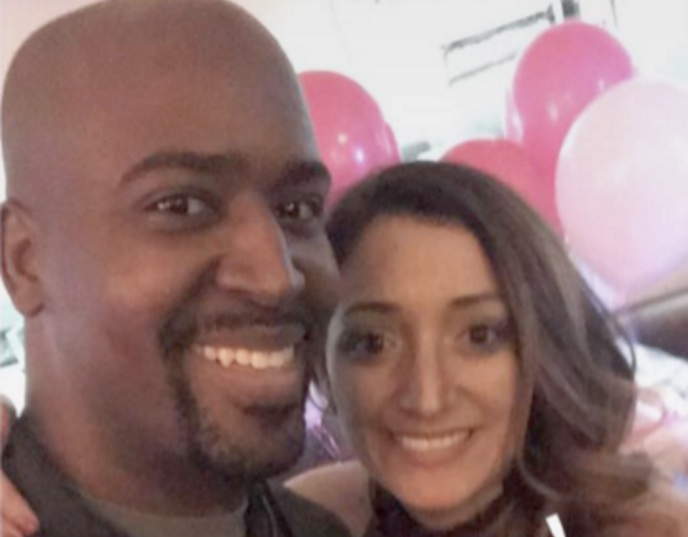 """This woman threw a """"ta-ta to my tatas"""" party after getting diagnosed with breast cancer"""
