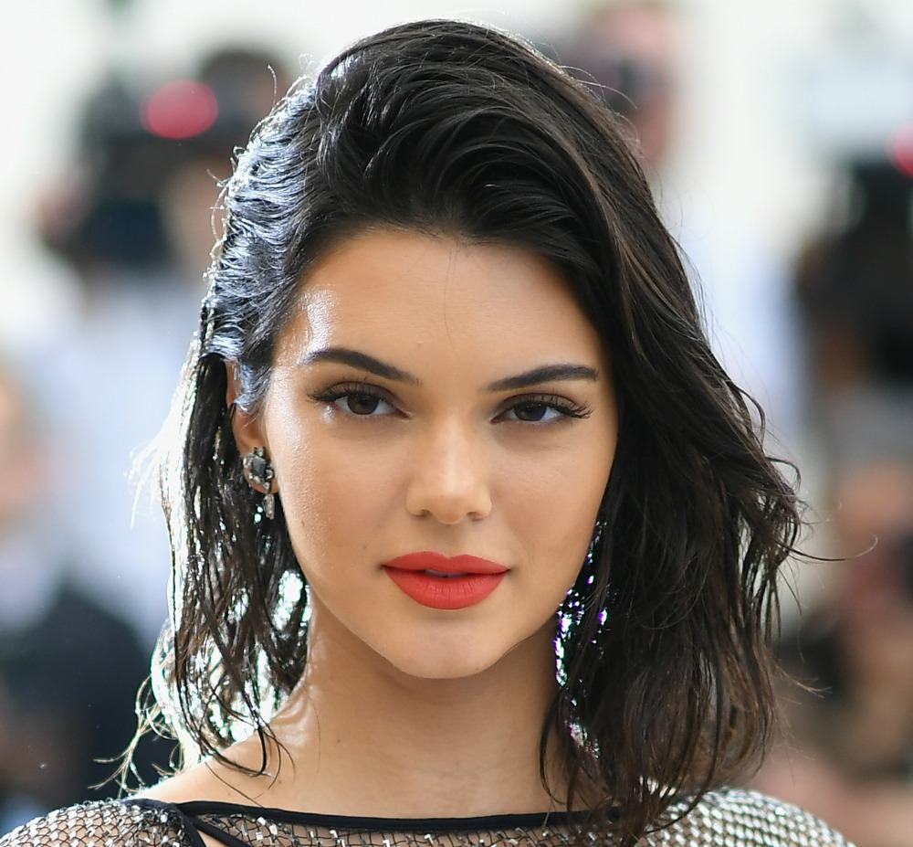 This Simple Bedtime Routine Is Kendall Jenners Secret To
