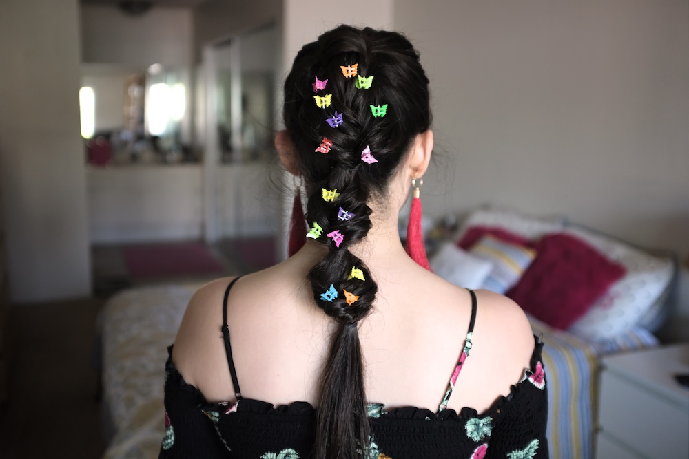 Heres how you can bring back the butterfly clip trend of