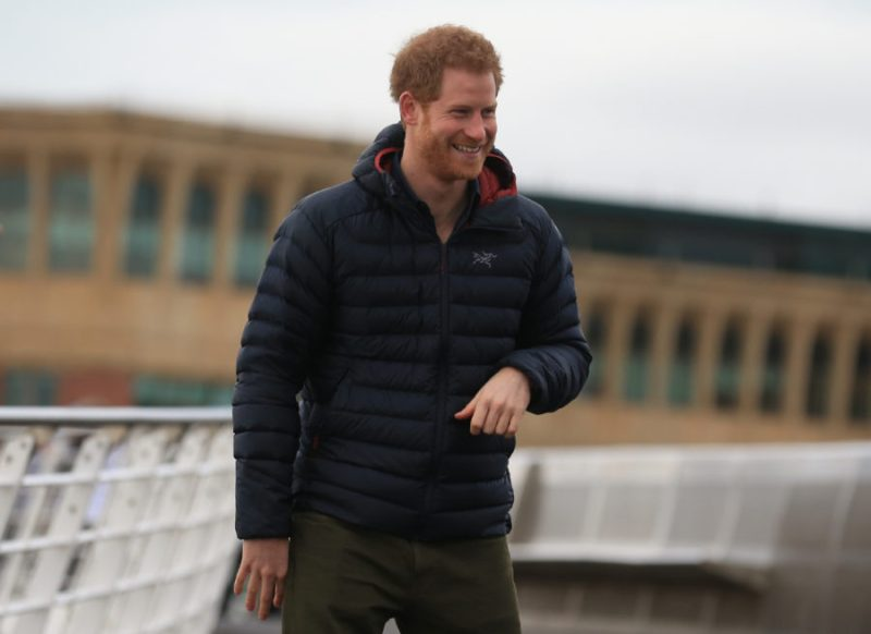 Prince Harry accidentally left a 5-year-old with a huge pair of scissors, reacted like all of us