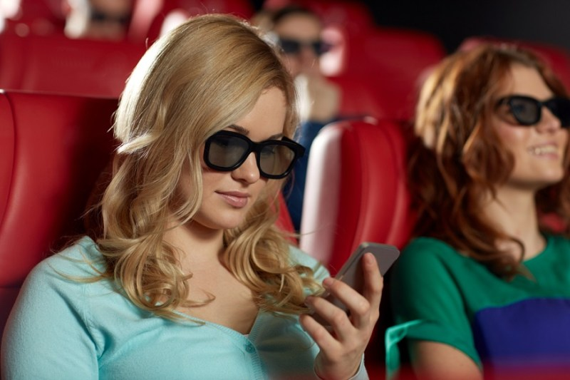 """This brave hero is suing his date for texting during """"Guardians of the Galaxy"""""""
